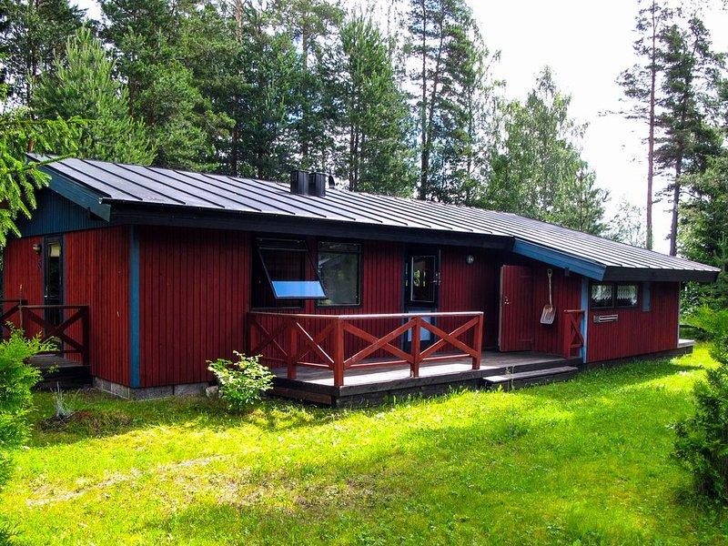 Familien-Ferienhaus am See Rämen – semesterbostad i Ludvika