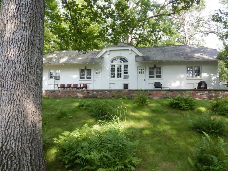 3 Br Cottage on Historic Hudson Valley Estate - Near Bard College, vacation rental in Catskill