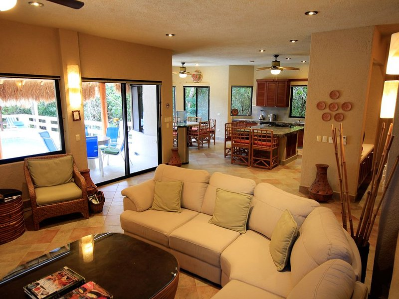 Completely air-conditioned villa, including main floor and bedrooms upstairs