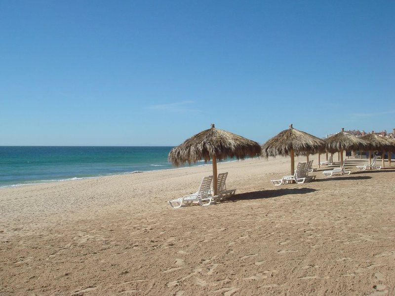 Beachnplace! - Amazing Ocean Views from the Place to Beach! Now with Bunk Room!, casa vacanza a Puerto Penasco