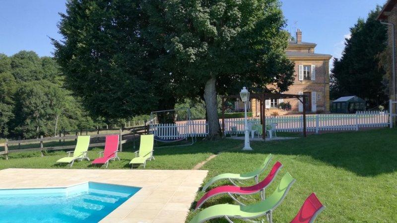 Manoir , sud de  de la BOURGOGNE, vacation rental in Loire