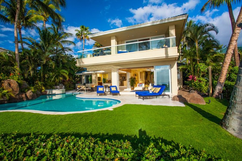 OPAL SEAS BEACHFRONT HOME! WORK & STUDY FROM YOUR OWN PRIVATE PARADISE ON MAUI!, holiday rental in Lanai