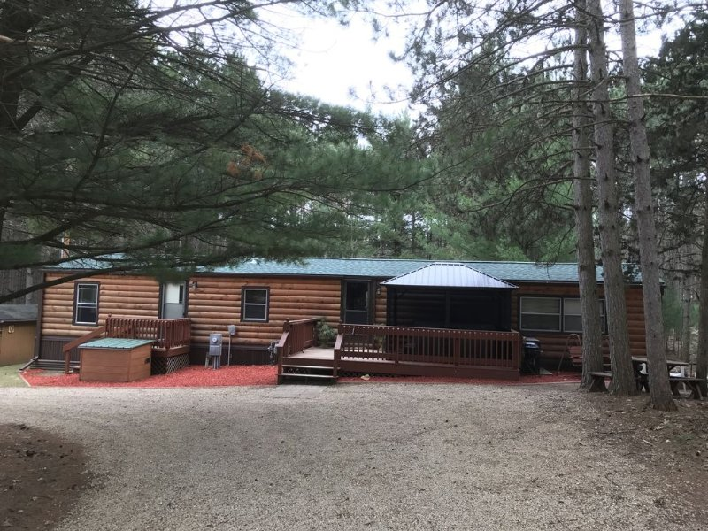 Vacation Rental in Westfield/Oxford, Wis., with acres of nature …, location de vacances à Westfield