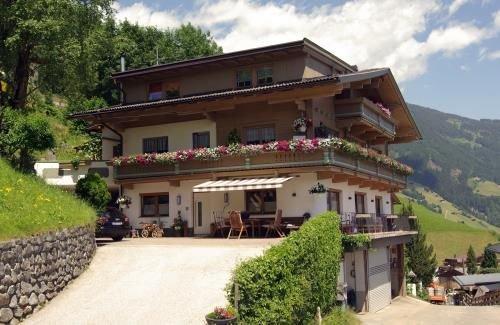 Zillertal-UrlaubAT0012, alquiler vacacional en Hippach