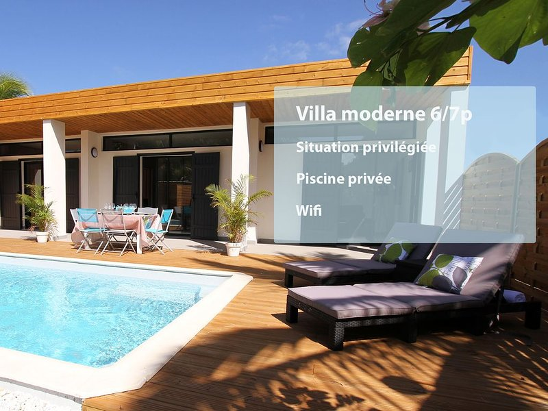 Villa with pool 150m from the beach of the Saline les Bains and shops, holiday rental in La Saline les Bains