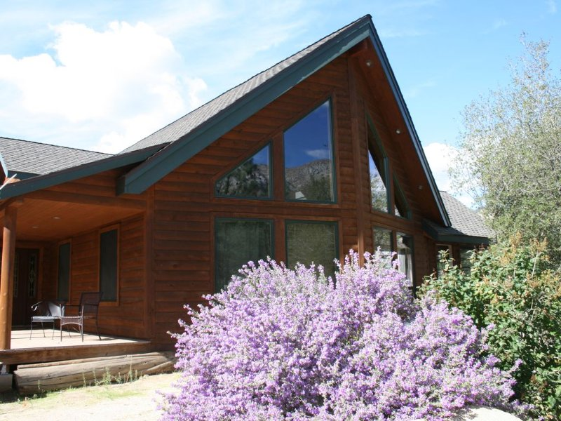 Log Home In The Sequoia National  Forest - Perfect safe zone, alquiler vacacional en Posey