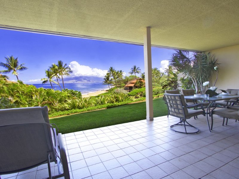 Lovely Ground Floor Ocean Views - Starting * $446.00/night! - Makena Surf C-102, aluguéis de temporada em Makena