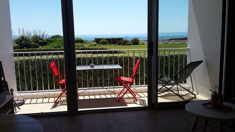 Appartement neuf plein sud face mer dans une résidence sécurisée - wifi, alquiler vacacional en Morbihan