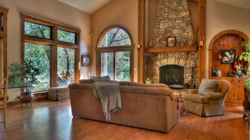 Completely Private Retreat Minutes from Town, vacation rental in Penn Valley