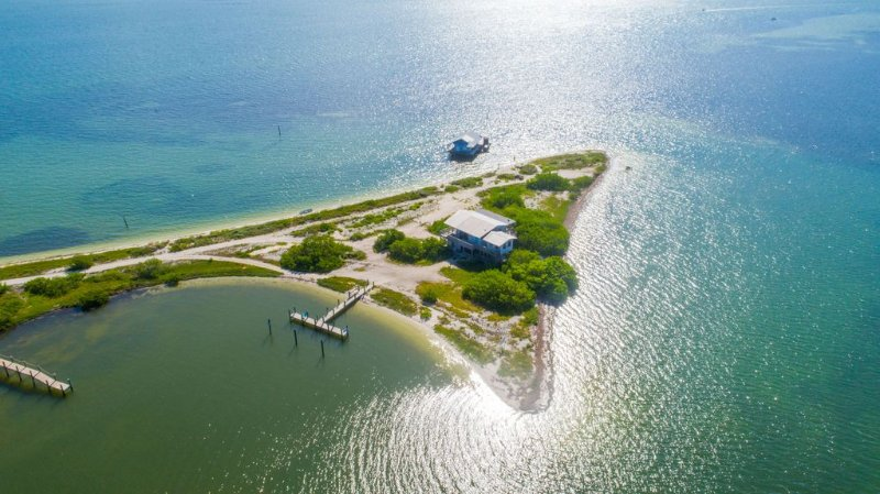 North Captiva Point House - Boat/Water Taxi Only, holiday rental in Captiva Island