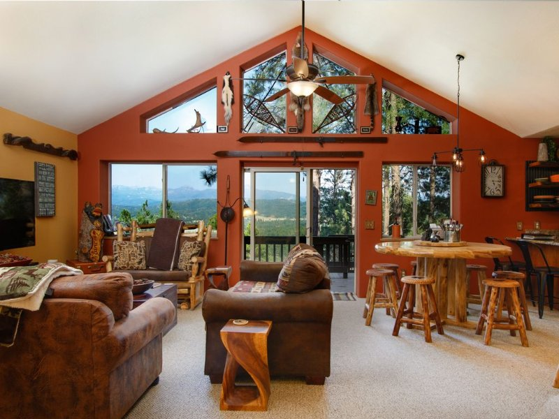 Gorgeous views! Wifi. No contact entry. Close to WC/town. Beautiful 5-star home., casa vacanza a Pagosa Springs