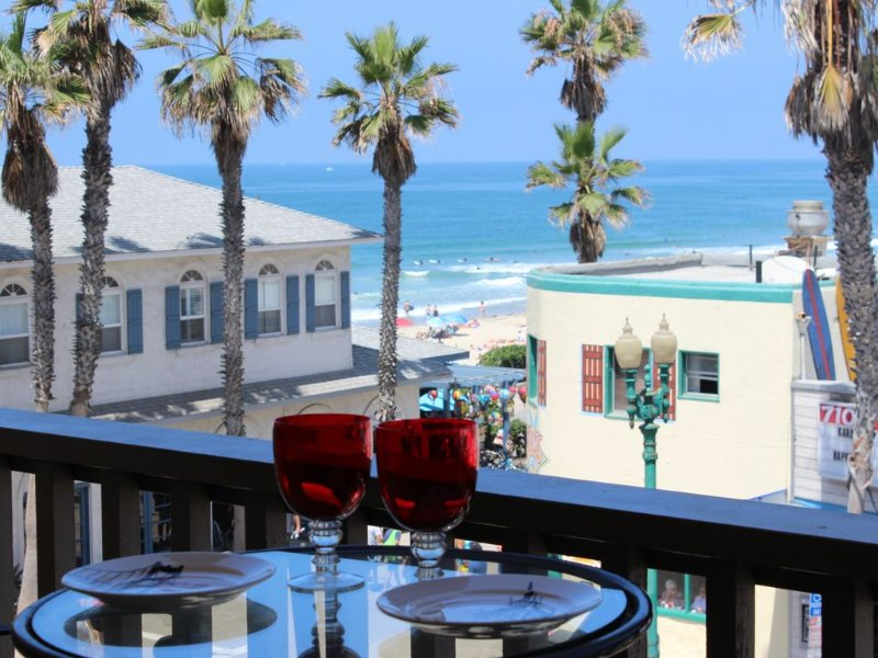 Steps from Beach, Crystal Pier, Shops and Restaurants, vacation rental in San Diego