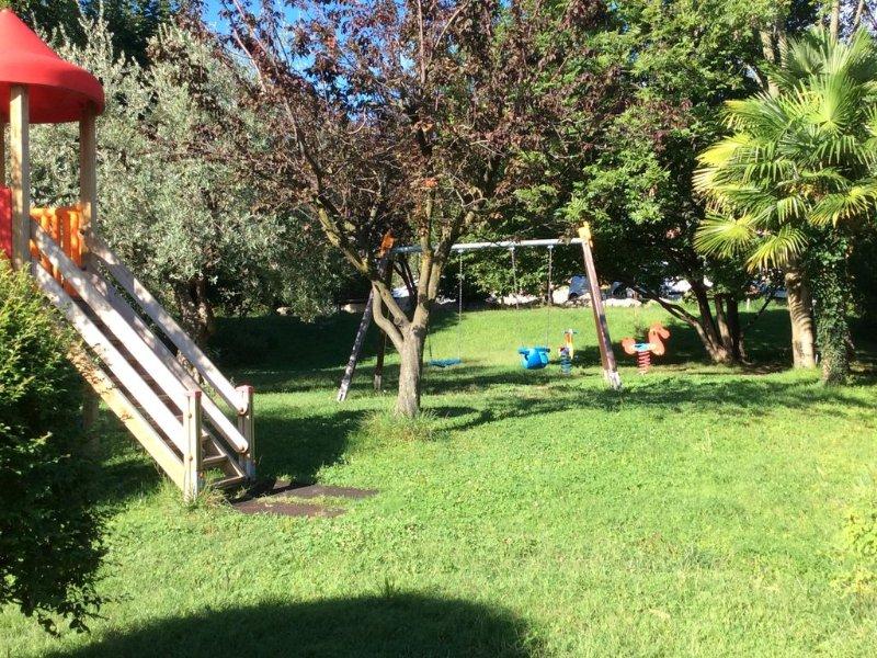GARDASEE LAST MINUTE wohnung RELAX  �️  mit PIANO�, Bike�, holiday rental in Villanuova sul Clisi