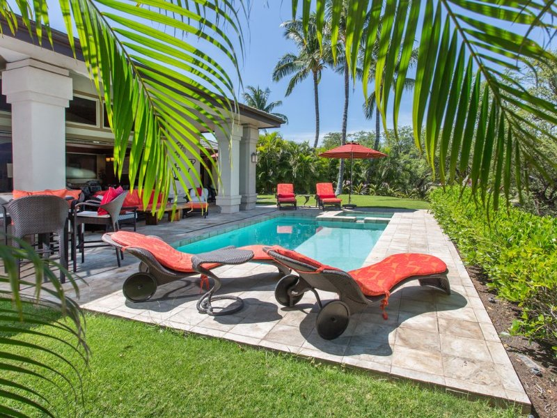 Luxury, Private, One Level, Home On Golf Course W/private Pool, Spa & Beach Pass, location de vacances à Kamuela