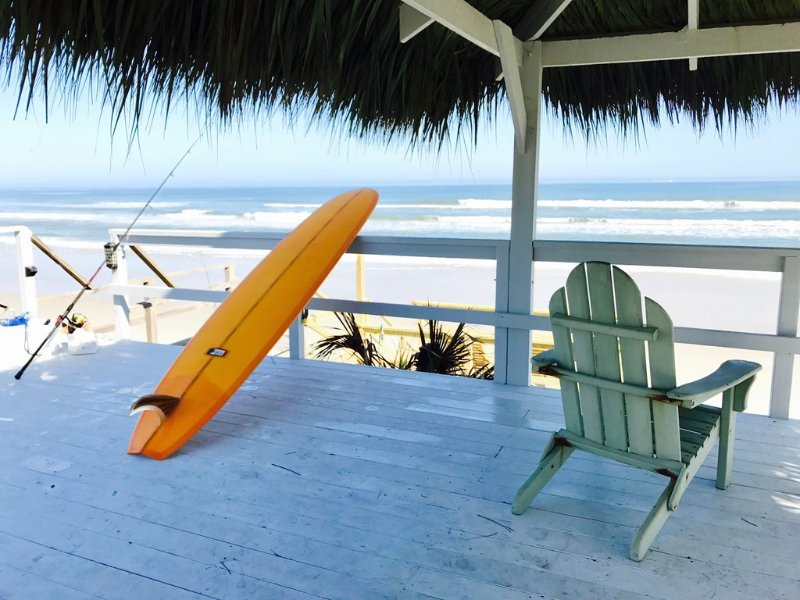 Secluded Tiki Beach House - Beach fun, surf, meditate, fish, play or just relax, holiday rental in New Smyrna Beach