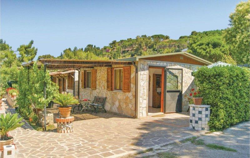 2 bedroom accommodation in Porto S.Stefano, casa vacanza a Orbetello