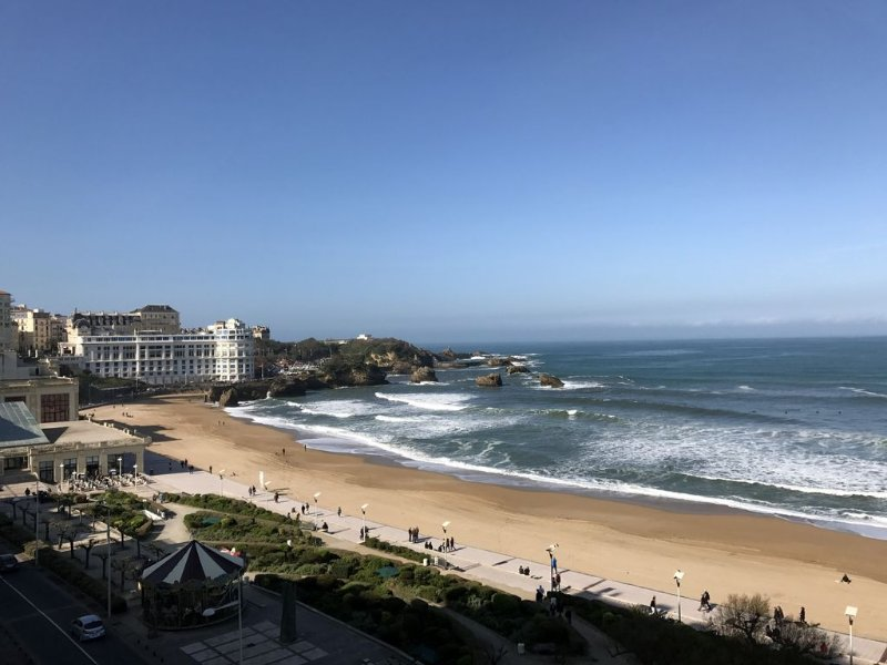 Apart 4 pers. with swimming pool and unbelievable view on ocean !, vacation rental in Biarritz