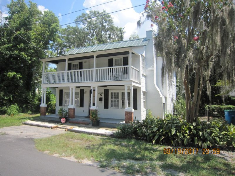 Convenient to Downtown And Parris Island, vacation rental in Lady's Island