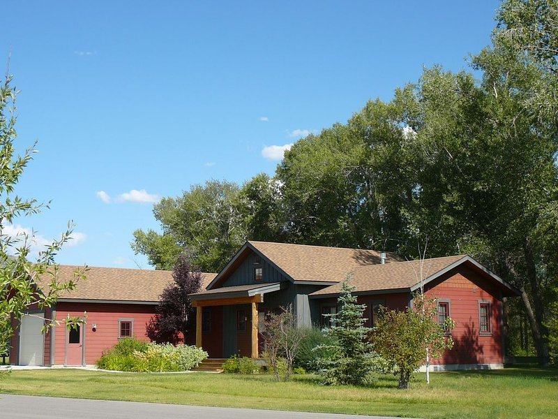 Teton Creek Home 1 -  Perfect For Your Adventure In The Mountains!, vacation rental in Driggs