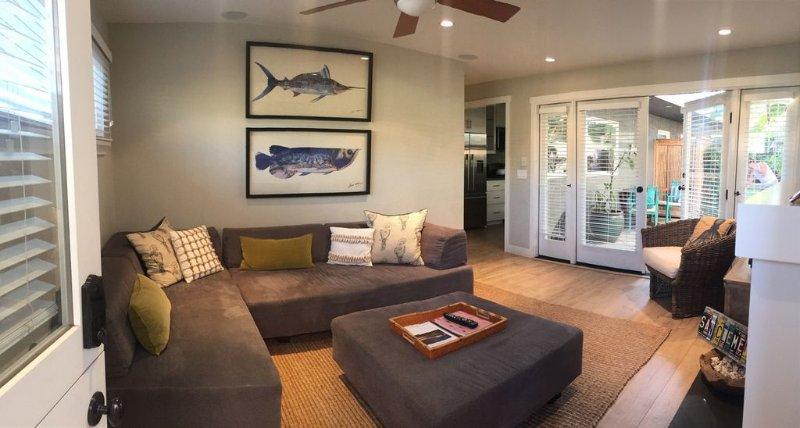Newly Remodled Designer Property- walk to S.C. Pier & Downtown Shops/Restaurants, alquiler de vacaciones en San Clemente