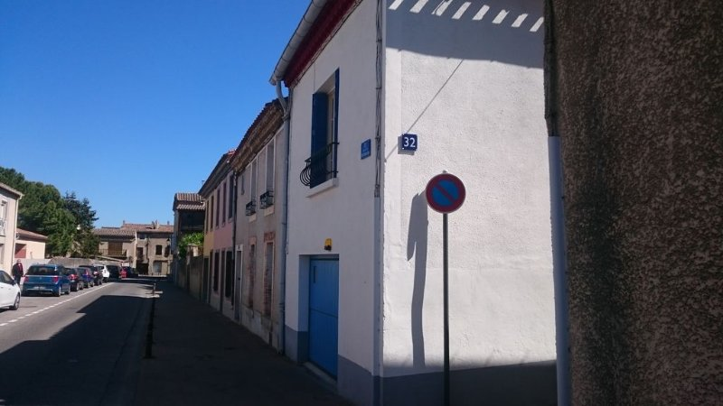 Well-equipped House At Foot of Medieval Cité with Garage, Wifi & 2 Shower rooms, holiday rental in Carcassonne Center