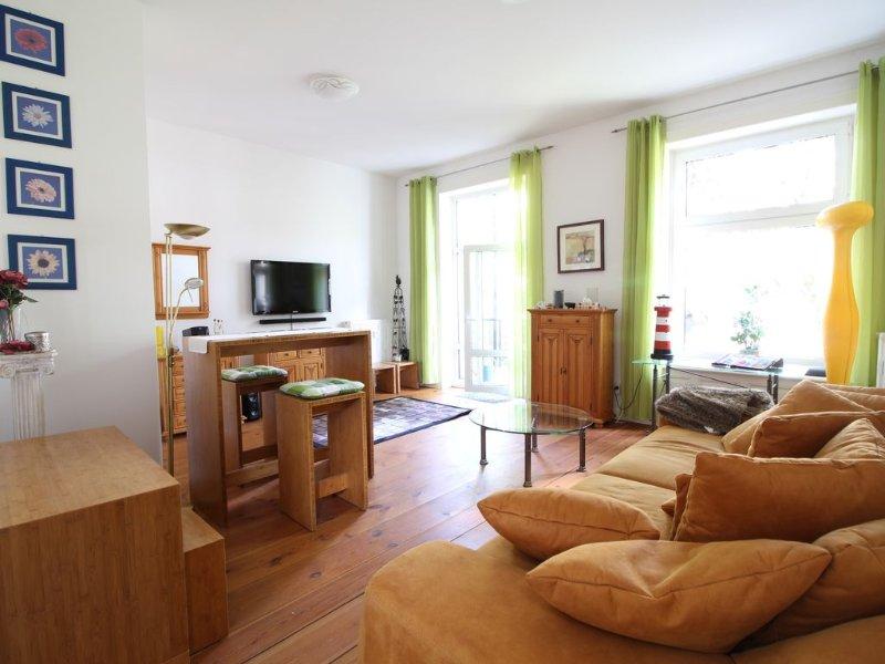 Heller Wohn- Essbereich/ Friendley living & dining area