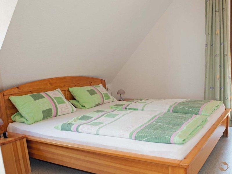 Ferienwohnung 2, 43qm, 1 Schlafzimmer, max. 4 Personen, vacation rental in Furtwangen