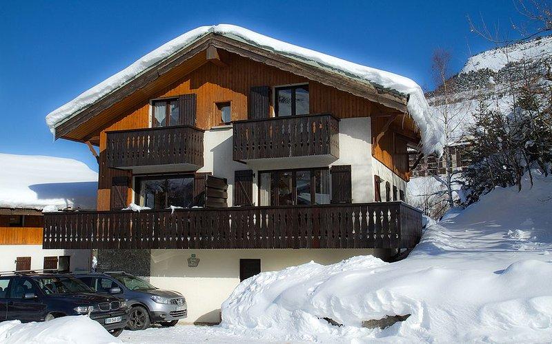 Pied des pistes, 4 chambres idéal 2 familles, proche ESF champamé, alquiler vacacional en Les Deux-Alpes
