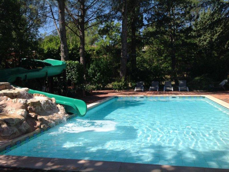 Magnifique propriété au calme idéalement située près des sites touristiques, location de vacances à Correns