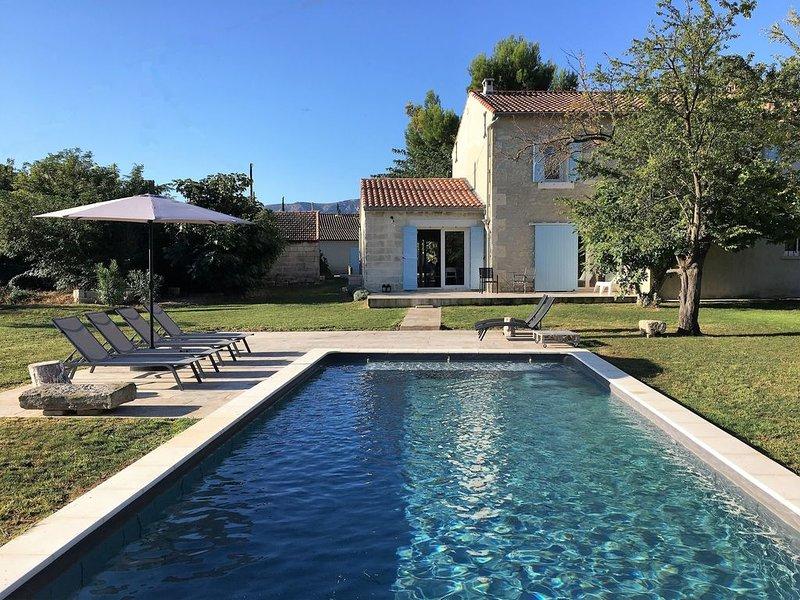 Maison-Mas  Restauré du 19ème  St Remy Provence piscine chauffée - Climatisation, Ferienwohnung in St-Rémy-de-Provence