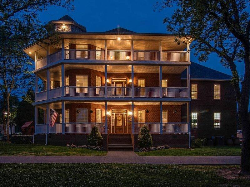 Prévoyez d'amener toute la famille à profiter de Nashville. Nous allons laisser les lumières allumées.