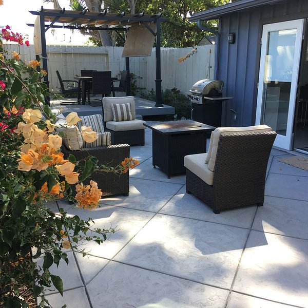 Charming Ocean-Block Beach Duplex with Awesome Indoor/outdoor Living, vacation rental in Ventura