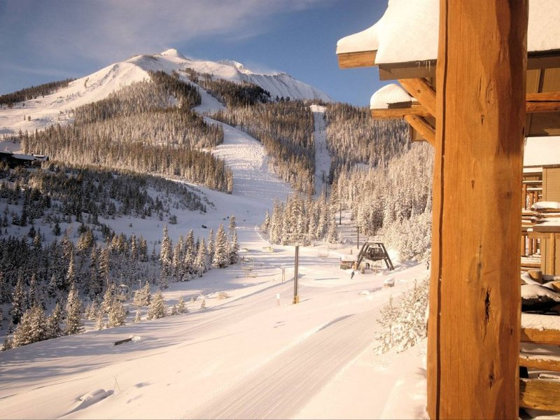 Casa Moonlight One - Ski in/Out - Direct to Iron Horse Lift - 2 Bed 2.5 Bath, vacation rental in Big Sky