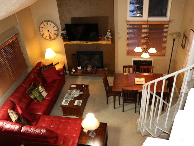 At the slopes - 4 bedroom, 6 beds (Boyne Mountain), location de vacances à Boyne Falls