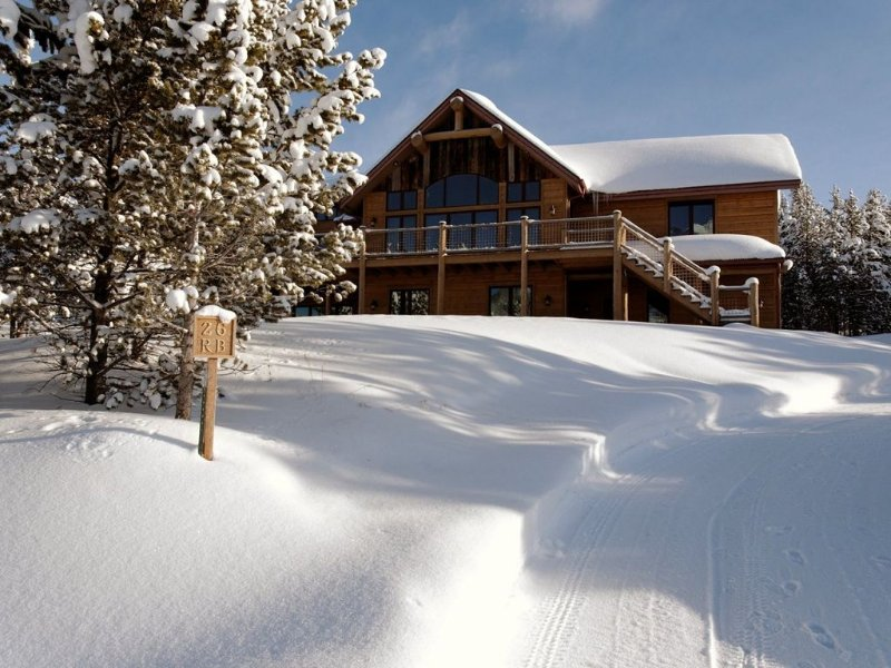 Casa Big Sky - Two Bed Apt in Large Private Home on Groomed Ski Trail, vacation rental in Big Sky