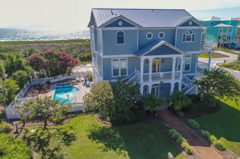 5 BEDROOM HOME IN THE POPULAR SEAGRASS COMMUNITY, alquiler de vacaciones en Port Saint Joe
