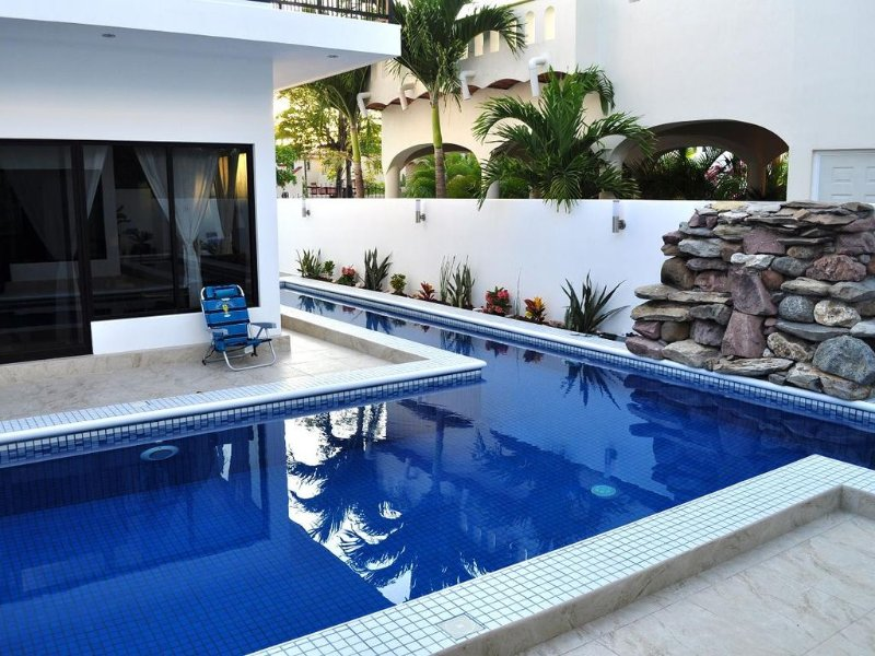 VILLA BOZENNA is a hidden paradise at residential zone of Rincon de Guyabitos, vacation rental in Rincon de Guayabitos
