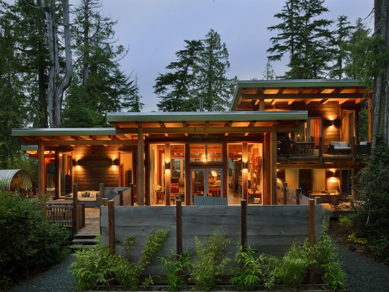 Waterfront Luxury Retreat., aluguéis de temporada em Tofino