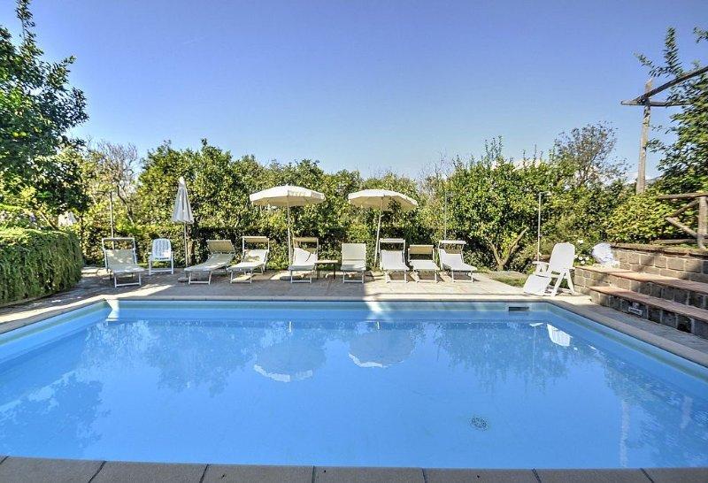 Villa Fillide F, rimborso completo con voucher*: Un gradevole ed accogliente app, location de vacances à Sant'Agnello