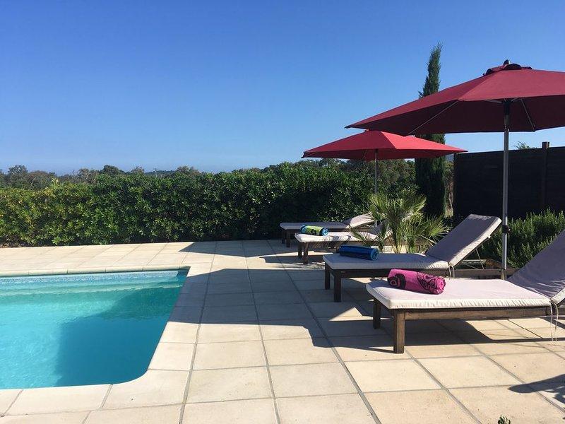 Ste Lucie de Porto-Vecchio,villa paisible, piscine privée  proche des plages, casa vacanza a Conca