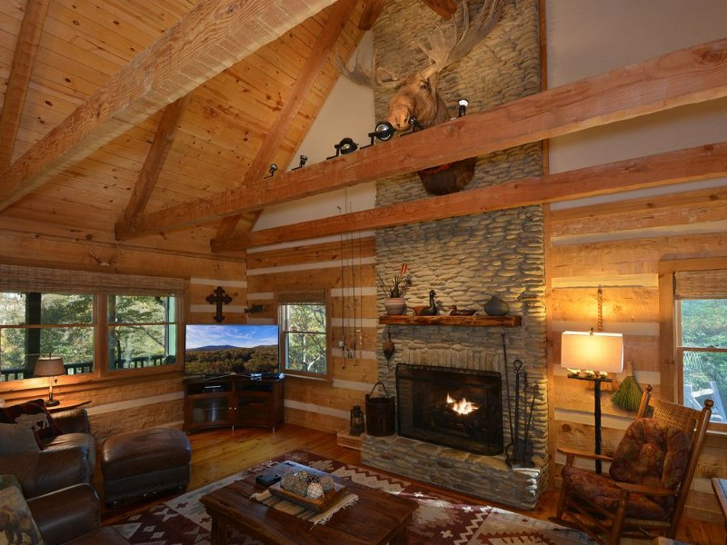 20% OFF - Moose Creek Lodge - Stunning Rustic Luxury - JUST Listed, holiday rental in Seven Devils