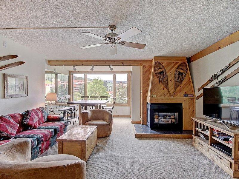 SH404 Timeless Classic Ski Condo., holiday rental in Frisco