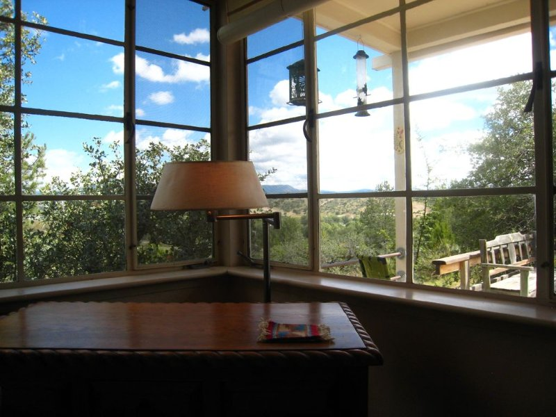 Classic Mid-Century Modern Cottage in the sky, vacation rental in Silver City