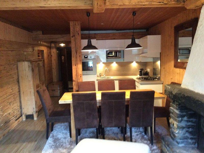 Les Tavaillons 1, appartement 4 étoiles dans un magnifique chalet savoyard, holiday rental in La Clusaz
