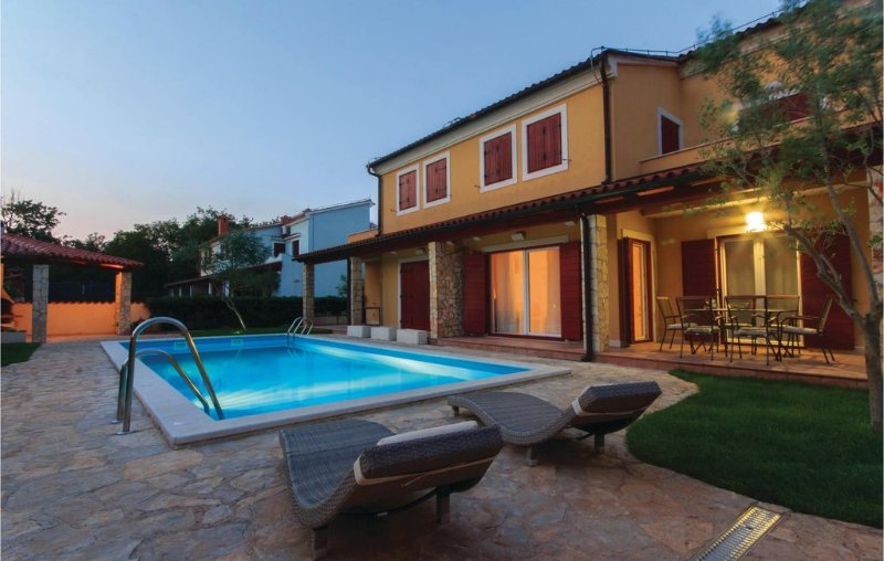 2 bedroom accommodation in Volme, vacation rental in Banjole
