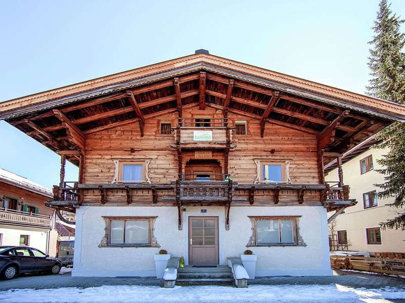 Beautiful Chalet with Sauna in Kirchberg in Tirol, holiday rental in Aschau bei Kirchberg