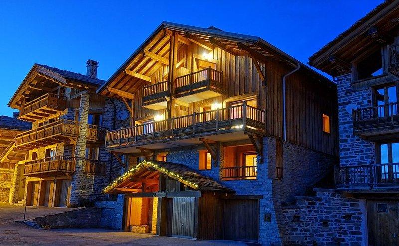 Chalet Esquirol (Hermine) - Skis aux pieds, vue exceptionnelle - La Rosière 1850, vacation rental in Montvalezan