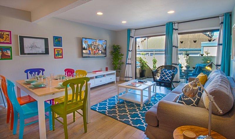 Funtierland + Love Bug + Across Street from Disney + Nursery + Pool + Netflx, location de vacances à Anaheim