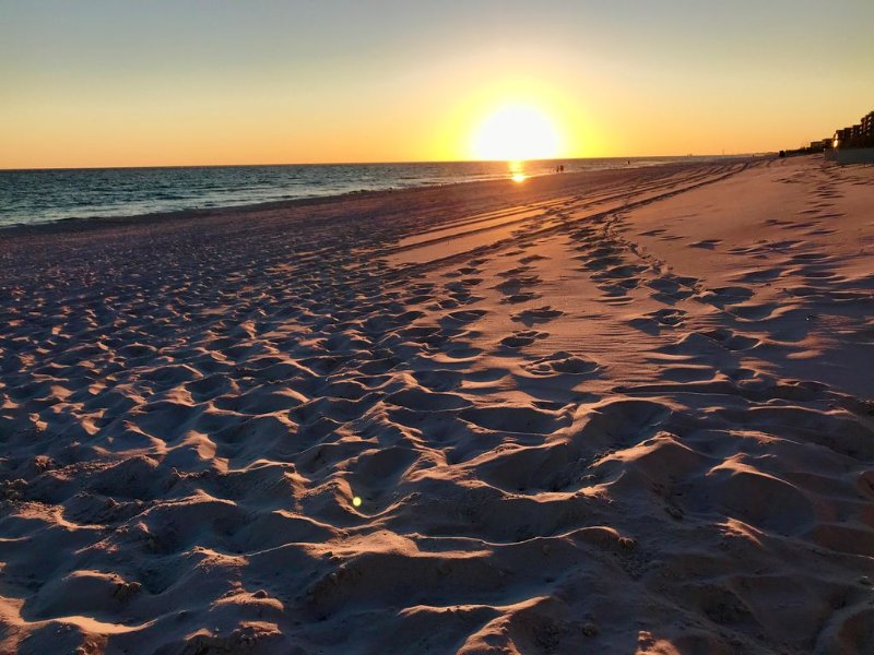Summerlin-Beachfront for Late Summer!  5 Star!, alquiler vacacional en Fort Walton Beach