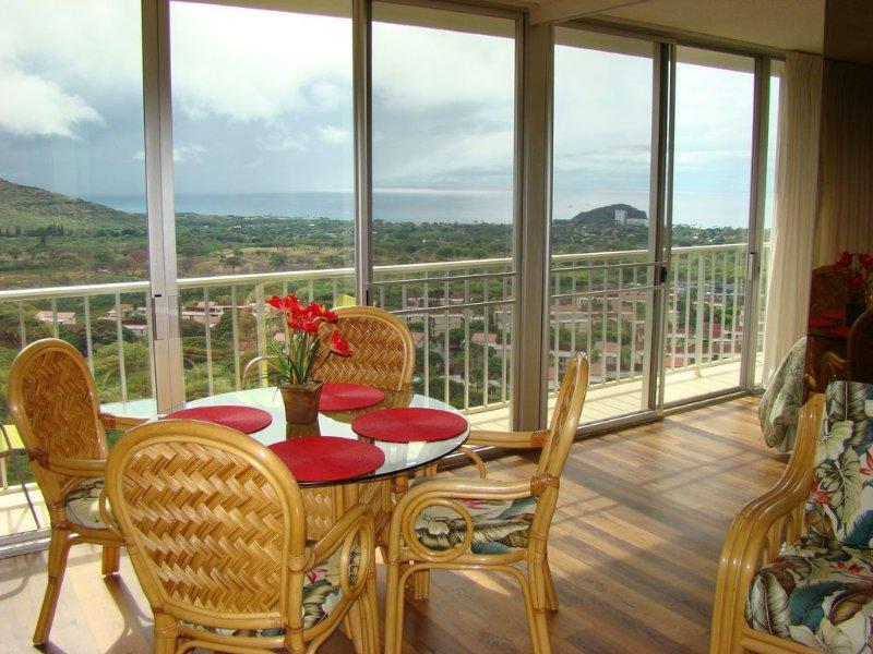 Gorgeous, One Bedroom Condo With Amazing Views, Free Wifi and Parking!, alquiler de vacaciones en Waianae